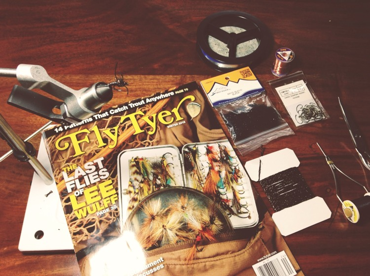 Fly Tyer magazine on fly tying desk